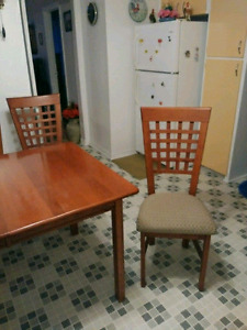 Beautiful Dining Table Set With Buffer