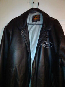 *New Price* Men's Genuine Leather Jacket