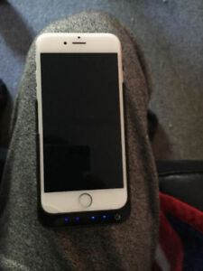 iPhone 6S 64GB (Locked to Rogers) with Portable Charging Case.