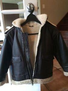 Manteau simili cuir garcon 5-6 ans