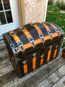 Beautiful Romadka Brothers Anitque Coffre trunk malle valise