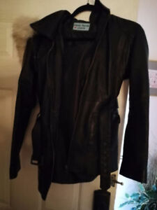 ladies authentic leather fall or spring jacket/coat w det hood