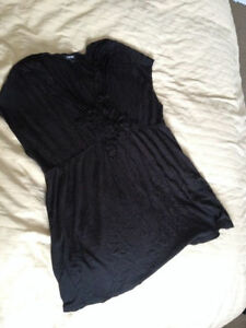 Black Tank Top Maternity Shirt LARGE London Ontario image 1