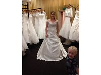 Wedding dress forsale quick sale may take less