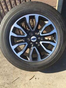 4 mags 20 pouces FORD F150 + pneus 33.5 pouces 13994