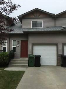 Townhome for Sale in Fort Saskatchewan,  (3bd 2ba/1hba)