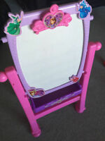 Disney Sofia the First Royal Art Easel & Vanity