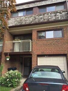 Upgrades Recently,4Bedrooms,2Wr,86 CASTLEBURY Crescent , Toronto