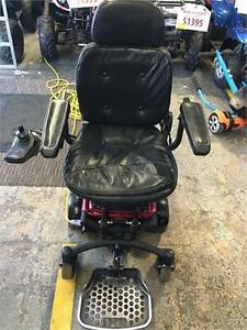 electric wheelchair 24v Used with new batteries only $699!!!!!