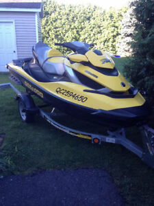 SEA-DOO RXT-IS 260 BOMBARDIER