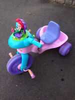 Little Mermaid Bubble Tricycle