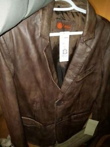 New in packaging 2 new ITALIAN HELium lamb skinleather jackets London Ontario image 3