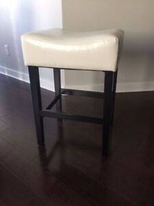 Ivory Counter Stool