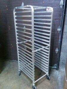 Mobile Angle Bakers Racks / Echelle a p??tisserie - Brand New!