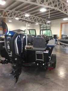 AlumaCraft Edge 185 Sport With Evinrude 150 Hp HO G2