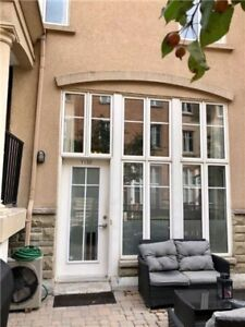 A Loft-Style Townhouse In Liberty Village.This 2 Storeys Townhou