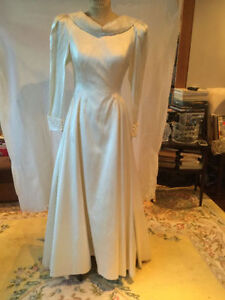 WEDDING DRESS SILK SATIN PAUX DE SOIE SIZE 10