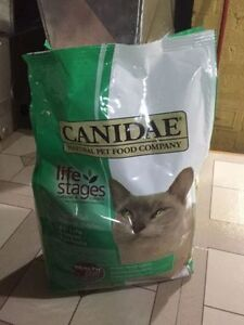 Brand New 8lb Bag Canidae Dry Cat Food!