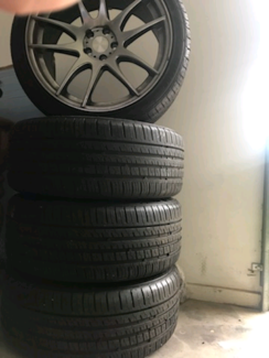 Wanted: Tyres 225\40 R18