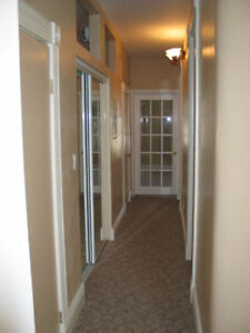 upper 2 bedroom apt with parking and laundry London Ontario image 3