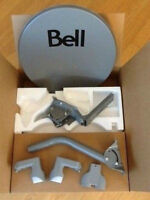 """BELL SATELLITE DISH with """"TWO"""" DUAL LNB's-NEW in the box $40"""