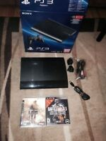 PLaystation 3 Ps3 500gb Like NEW Latest Model IN BOX 2 game