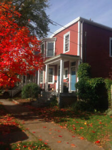 Duplex for sale Allan St.