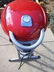 Char-Broil Patio Bistro Infrared Electric BBQ condo apartment Windsor Region Ontario image 1