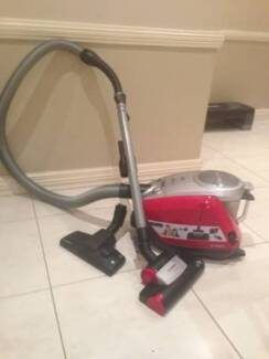 Bosch Zoo'o Pro Animal Vacuum Cleaner with Accessories Wagga Wagga 2650 Wagga Wagga City Preview
