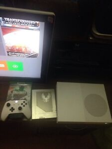 Xbox One 1TB S Console + 7 Games/Wireless Controller and mic