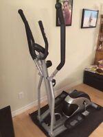 elliptique cardio style et 150 .......140$ferme pas négociable