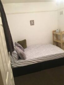 ** SPECIAL OFFER** SINGLE ROOM WITH DOUBLE BED IN *CANNING TOWN*/*PLAISTOW*