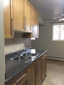 FEB FREE&MARCH1/2*1&2 BEDROOM,NEAR UNIVERSITY,WHYTE AVE&109ST.