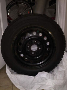 15in Winter Tires with rims included - P195/60R15