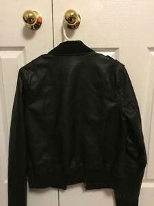 Black faux leather jacket Cambridge Kitchener Area image 2