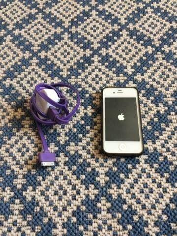 Apple Iphone 4s White EE