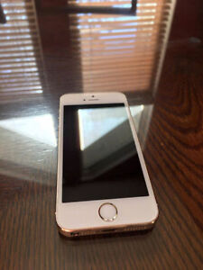 Iphone 5s GOLD 16gb MINT CONDITION