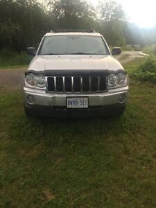 2005 Jeep Grand Cherokee 5.7 hemi v8