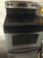 Excellent condtion black and stanless steel stove!!!