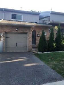 3BR 2WR Condo Town... in Brampton near Rutherford And Vodden