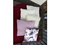 Set of 5 purple and white square cushions