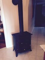 Very Nice Condition Electric Woodstove Fireplace