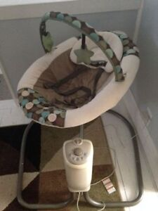 Baby Swing - Plugs in, no batteries needed