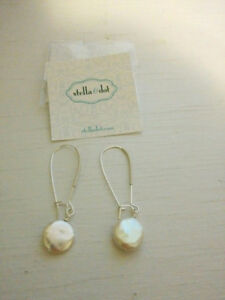 Brand New - Water pearl earrings