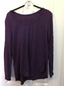 lululemon Long Sleeve T Shirts - Like New Condition  Size 12