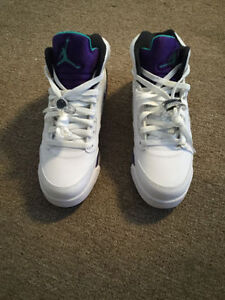 Jordan Grape 5's Size 7. Brand New with the Box