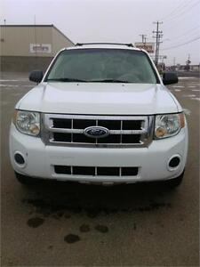 FORD ESCAPE CHECK IT OUT BEFORE IT SELLS!! FINANCING AVAILABLE! Edmonton Edmonton Area image 7