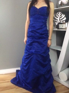 Bridesmaids/ Prom Gown