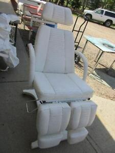 Used Tattoo chair $300.00