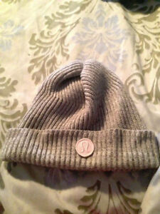 LULULEMON TOTALLY TWISTED TOQUE